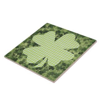 Shamrock meadow 3 tile