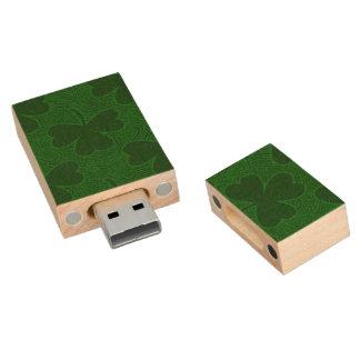 Shamrock Wood USB 2.0 Flash Drive