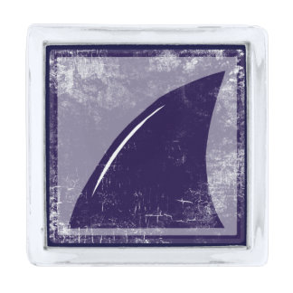 shark fin pin