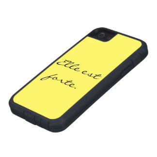 """""""She Is Strong""""/""""Elle est forte"""" Iphone 5 case"""