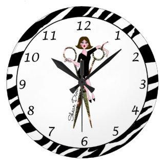 """""""Shear Diva"""" Clock"""