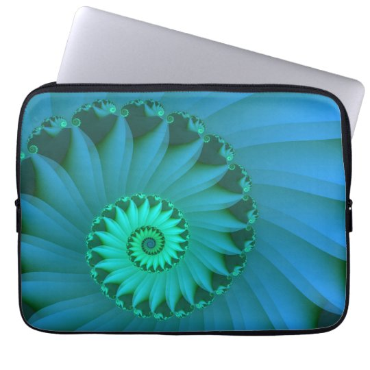 Shell 3 laptop sleeve