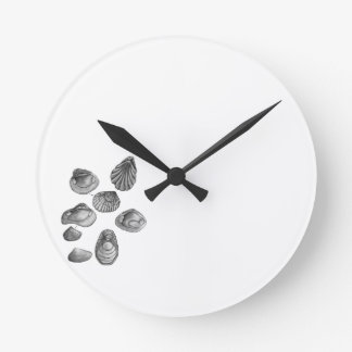 Shell sketch round clock