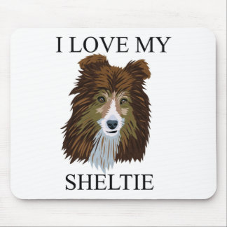 SHELTIE Love! Mouse Pad