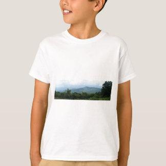 SHENANDOA HIGHWAY, BLUE RIDGE MOUNTAINS T-Shirt
