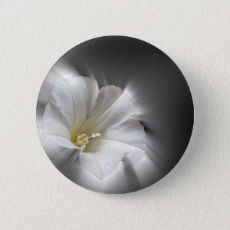 Shining in the dark 6 cm round badge