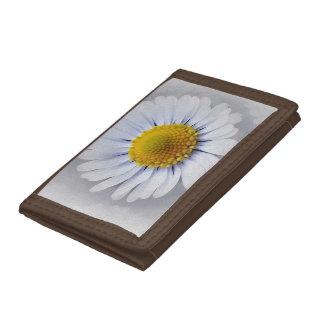 shining white daisy tri-fold wallet