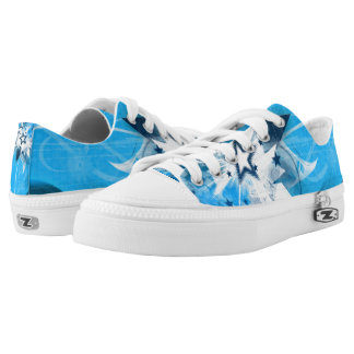 Shiny blue star low tops