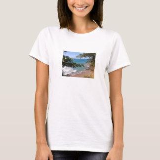 Shirt with beach landscape