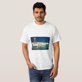 Shirt with picture of a Doggie Diner restaurant