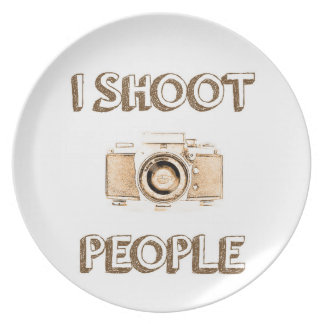 shoot people funny text photo camera photographer plate