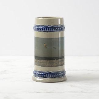 Shore & Sky & Seagulls Gray /Blue 22 oz Stein