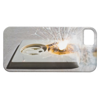 Short circuit iPhone 5 case