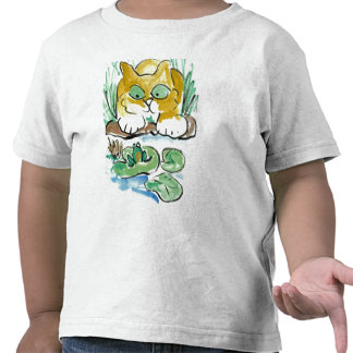 Should I? kitten eyes a frog Tshirts