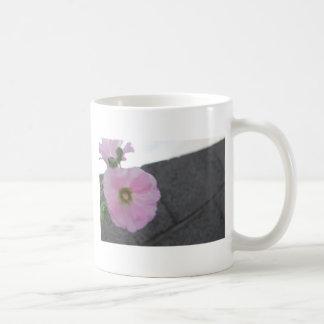 shovel and flower coffee mugs