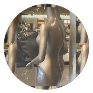Showroom window women's fashion bags purse wallet party plate