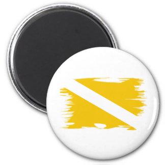 shreddedcolor1 6 cm round magnet
