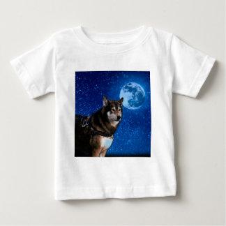 Siberian husky and the Blue Moon Tees