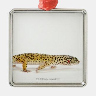 Side view of leopard gecko lizard metal ornament