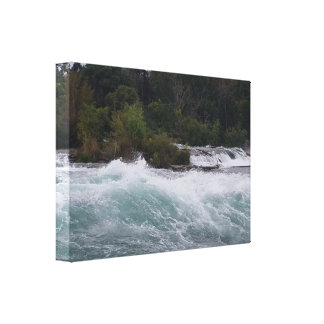 Sightseeing at Niagara Falls Canvas Print