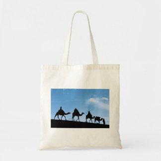 Silhouette of Camel Caravan Budget Tote Bag