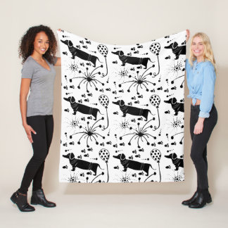 Silly Cartoon Dog Balloon Pattern Pet Fleece Blanket