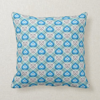 Silver and turquoise fade hearts argyle pattern cushion