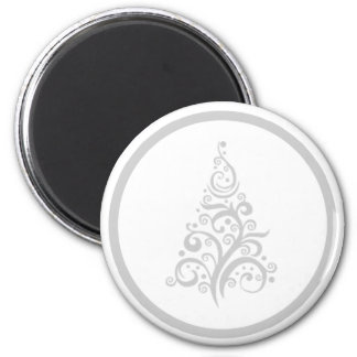 Silver Christmas Tree on round magnet