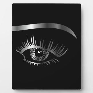 Silver eye with eyebrow and details inside plaques