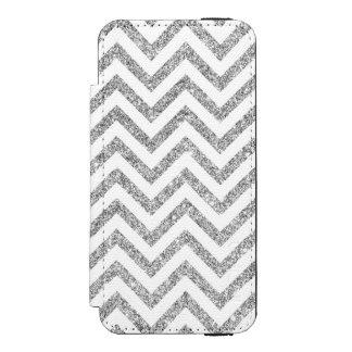 Silver Glitter Zigzag Stripes Chevron Pattern Incipio Watson™ iPhone 5 Wallet Case