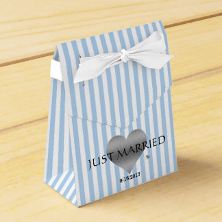 Silver Heart Blue And White Party Favor Boxes
