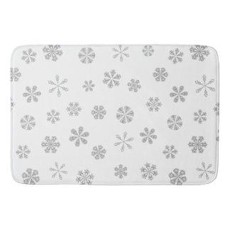 Silver White Snowflakes Pattern Bath Mat