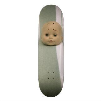 Simon (the baby doll head of wonder) skateboards