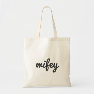 Simple Cute Wifey Script Typography