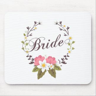 Simple & Elegant Bride Floral Wreath | Mousepad