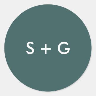 Simple Jasper Green Wedding Monogram Classic Round Sticker