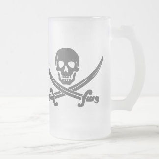 Simple Smiling Pirate Skull with Crossed Swords Frosted Glass Beer Mug