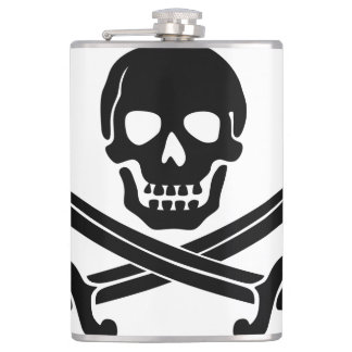 Simple Smiling Pirate Skull with Crossed Swords Hip Flask