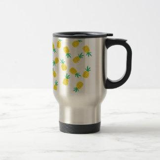 Simple summer pineapple cartoon pattern travel mug