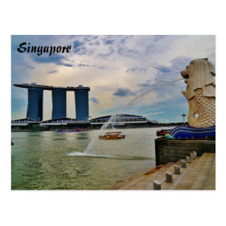 Singapore: Merlion and Marina Bay Sands Hotel Postcard