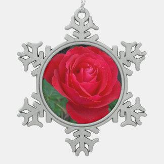 Single red rose pewter snowflake decoration