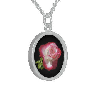 Single Rose, Small Sterling Silver Round Necklace