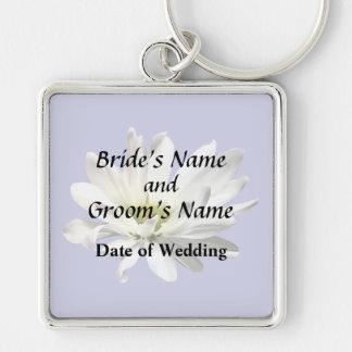 Single White Daisy Wedding Products Key Ring