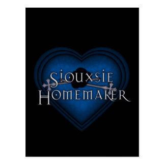 Siouxsie Homemaker Knitting (Blue) Postcard