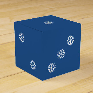 Six-Sided Die with White Snowflakes Dice Favor Box