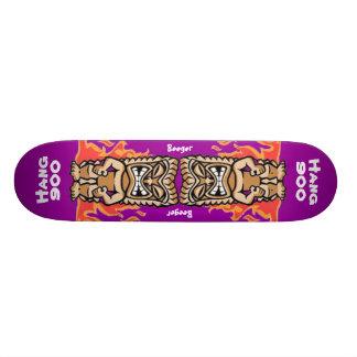Skateboard - Hawaiian Tiki  (Hanging 900)