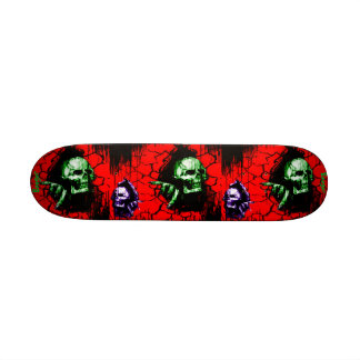 Skateboard - Skulls Breaking thru Skateboard