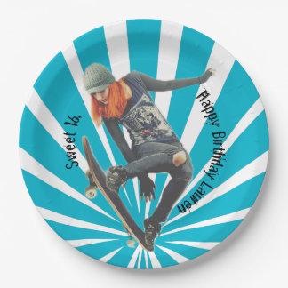 Skateboarder 2 paper plate