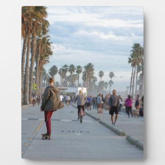 skating to venice beach plaque