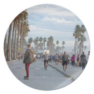 skating to venice beach plate